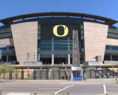 University of Oregon USA online awards for international students