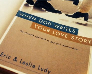 When God Writes Your Love Story: Ebook Series in PDF