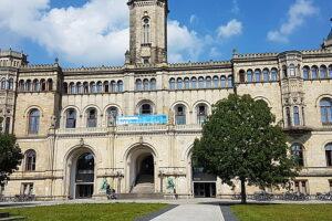 Leibniz University Hannover Study Fund
